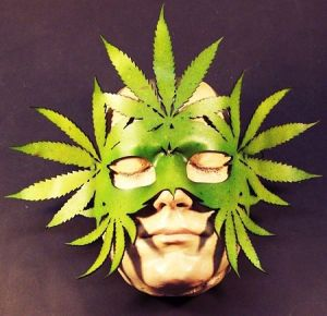 leather-weed-mask1