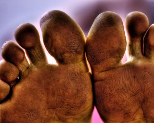 Macro_Dirty_Feet_by_insightct